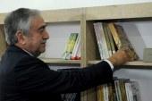 Akıncı, Girne'de Alpay Raşit Adanır Kütüphanesi'nin açılışına katıldı