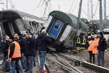 İtalya'da tren raydan çıktı: 3 ölü