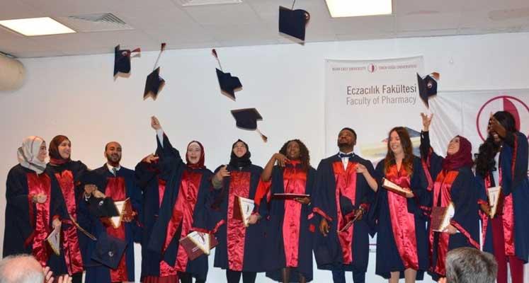 ydü-eczacılık-mezuniyet
