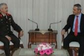 Uluçay, GKK Komutanı Tuğgeneral Algan'ı kabul etti