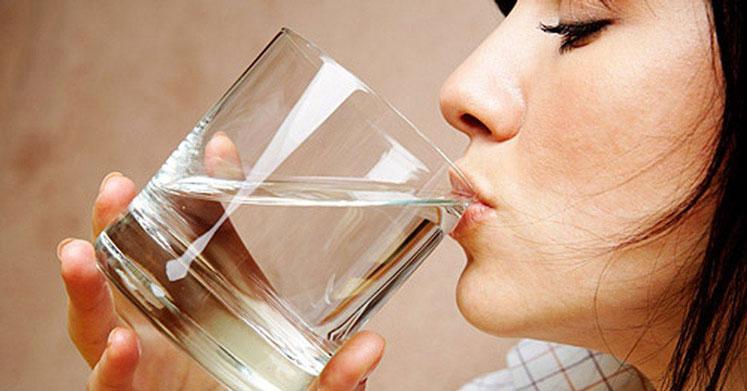 Yedi Günlük Su Orucu Nasıl Yapılır? Faydaları ve Zararları