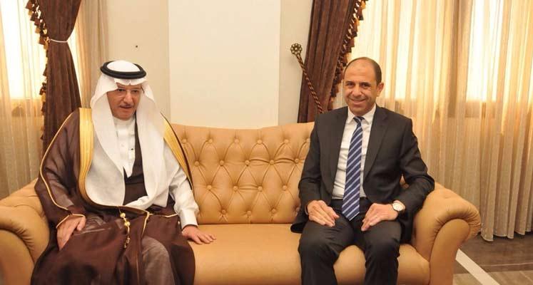 Photo of Dışişleri Bakanı Özersay Cidde'den döndü