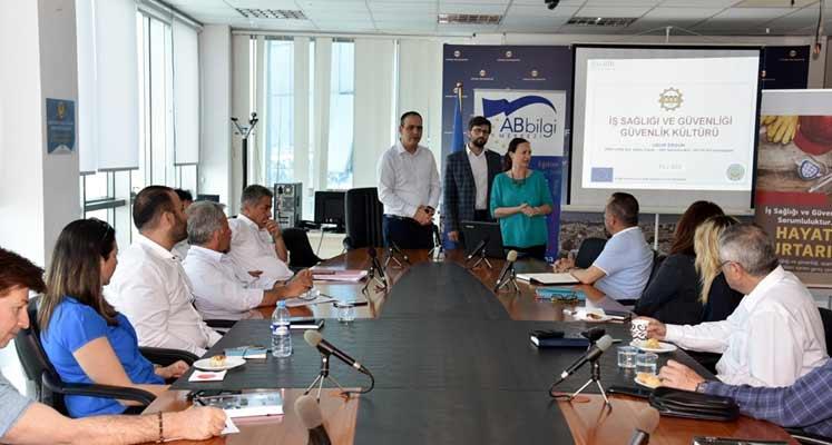 Photo of LTB Yöneticilerine İş Sağlığı ve Güvenliği Eğitimi