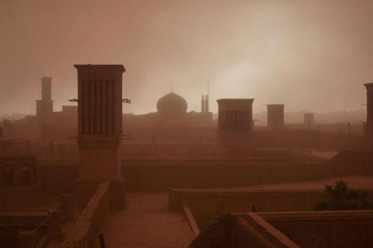 Photo of Kum fırtınası şehri birbirine kattı