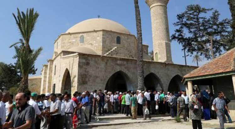 Photo of Hala Sultan'a ziyaret düzenleniyor