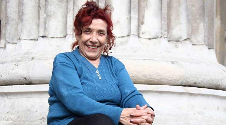 Photo of Şeher'in İçinden Bir Kadın Ve Eski Yaşamın İpuçları