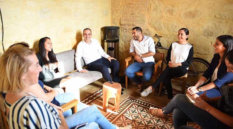 Photo of Harmancı, İnsan Hakları Vakfı Yetkilileriyle Bir Araya Geldi