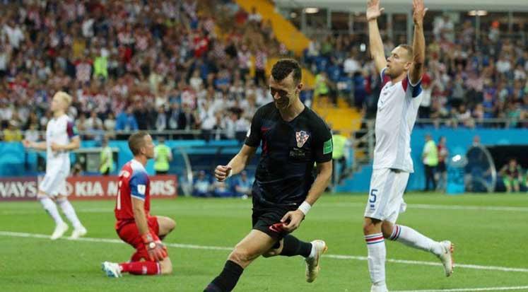 Photo of Hırvatistan namağlup lider: İzlanda 1-2 Hırvatistan