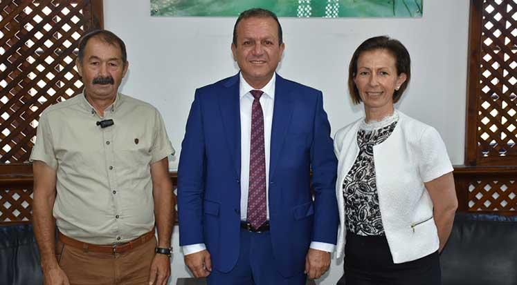 Photo of Ataoğlu, eko turizmci Altan ve Komili'yle görüştü