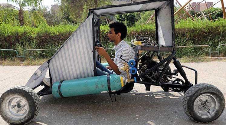 Photo of Helwan Üniversitesi öğrencilerinden, hava ile çalışan otomobil