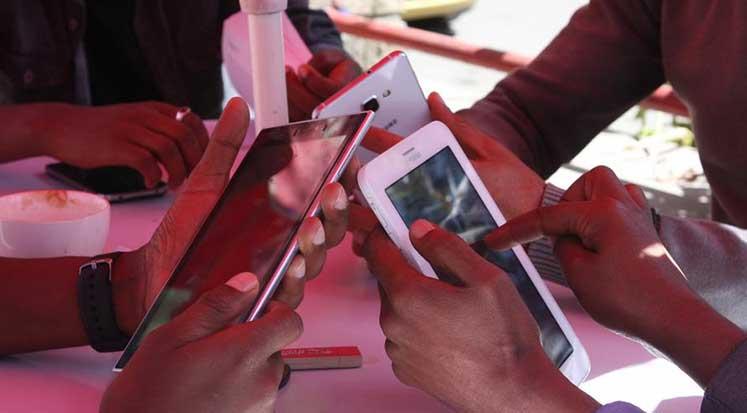 Photo of Etiyopya'da devlet interneti kesti