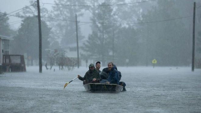 Photo of Florence Kasırgası: Kuzey Carolina eyaletinde beş kişi hayatını kaybetti