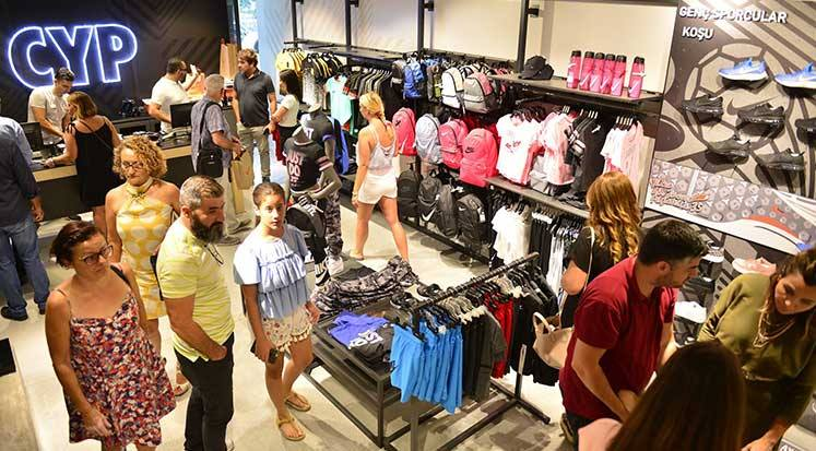Photo of Başman'dan Girne'ye yeni mağaza