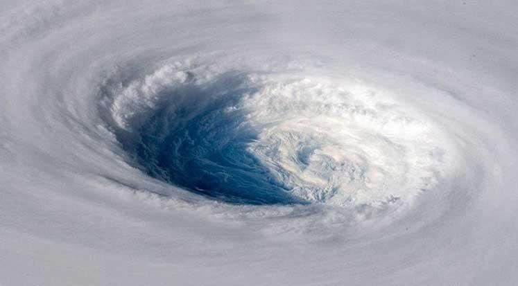 Photo of 'Süper tayfun' uzaydan görüntülendi