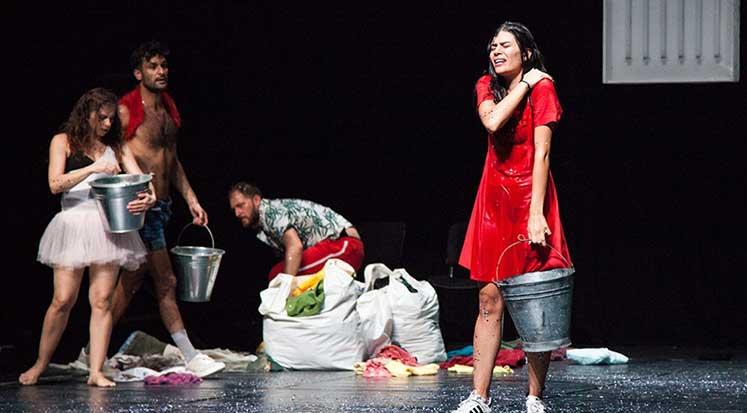 Photo of 16. Kıbrıs Tiyatro Festivalinde 'Seni Seviyorum Türkiye' oyunu sahne aldı