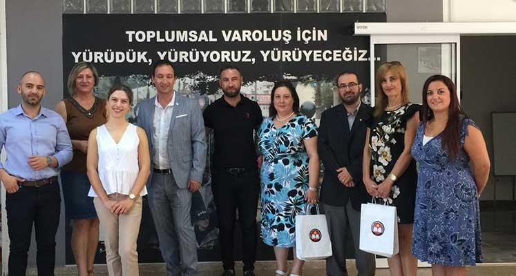 Photo of KTÖS ile Malta Öğretmen Sendikası yetkilileri bir araya geldi