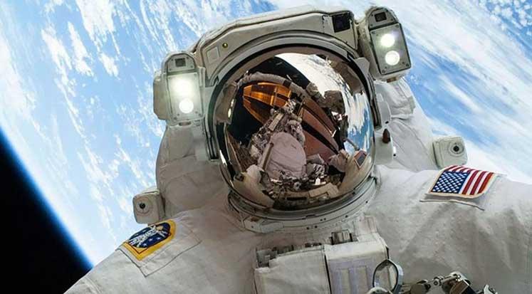 Photo of Astronot olmak isteyenlere bu sorular soruluyor