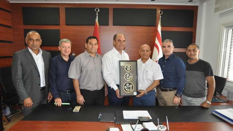 Photo of Hakemlerden Karavezirler'e ziyaret