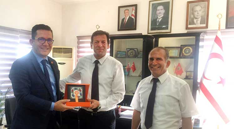 Photo of Kıbrıs İlim Üniversitesi'nden, Girne Kaymakamı ziyareti