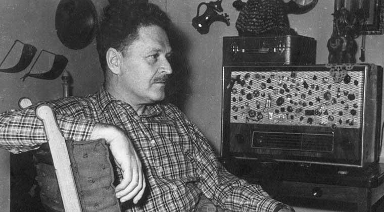 Photo of Nazım Hikmet'in oğlu Mehmet Nazım hayatını kaybetti