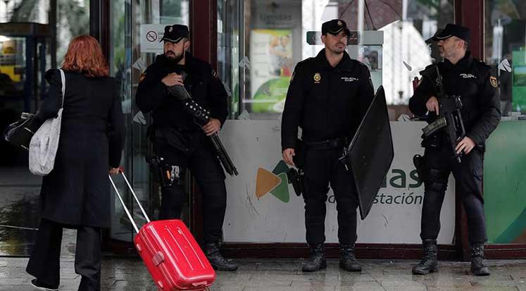 BOMBA-ALARIMI-2 İspanya'daki bomba alarmının sebebi kemer tokası