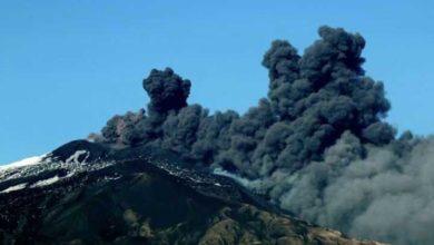 Photo of İtalya'da Etna Yanardağı yeniden faaliyete geçti