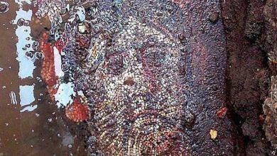 Photo of Roma dönemine ait mozaik, çöp konteyneri altında
