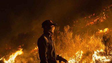 Photo of Kentte alarm verildi: Cape Town'daki yangın büyüyor