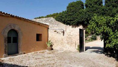 Photo of 'İtalya'nın en güzel beldesi'nde 1 euro'ya satılık evler