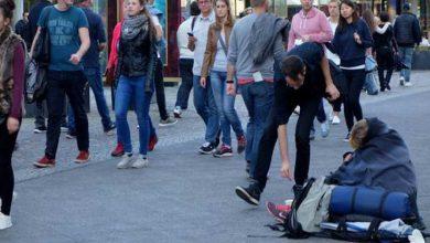 Photo of Avrupa'da her altı kişiden biri yoksul