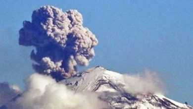 Photo of Meksika'da Popocatepetl yanardağında patlama