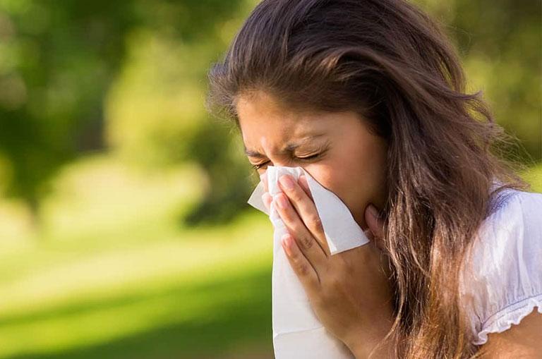 Alerji Nedir? En Sık Görülen Alerjiler, Belirtileri, Nedenleri ve Tedavisi