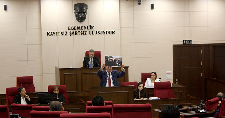 Meclis - Erhan Arıklı