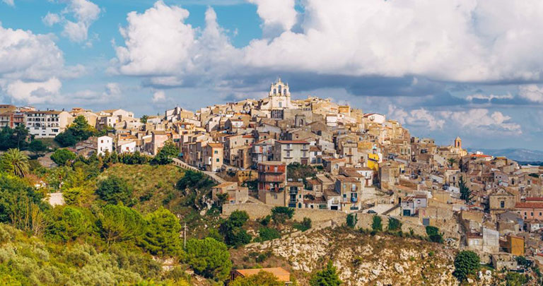 Sicilya satılık ev