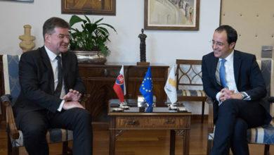 Photo of Hristodulidis yeni AP milletvekilleri ile görüştü