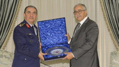 Photo of Cumhurbaşkanı Akıncı, TSK Temsilcisi Orgeneral Küçükakyüz'ü kabul etti