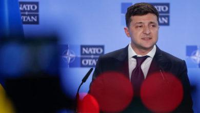 Photo of Ukrayna'daki erken genel seçimi Zelenskiy'in partisi kazandı