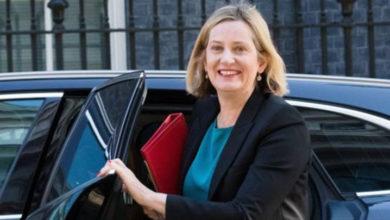 Photo of İngiltere'de Çalışma ve Emeklilik Bakanı Amber Rudd da istifa etti