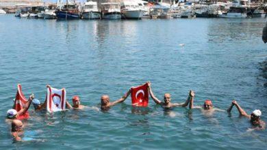 Photo of Barışa kulaç attılar