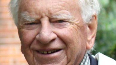 Photo of Kıbrıs konusu ve müzakerelerle ilgili sayısız makale yayınlayan Dodd yaşamını yitirdi