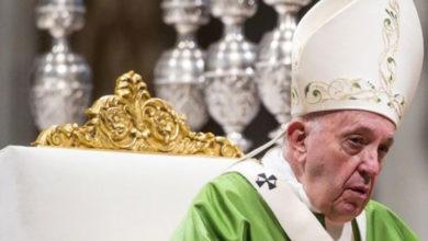 Photo of Amazon'dan gelen heykeller çalındı, Papa özür diledi