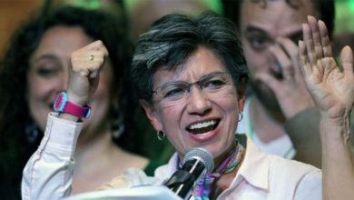 Photo of Kolombiya başkentine ilk kadın ve LGBTİ belediye başkanı
