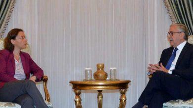 Photo of Cumhurbaşkanı Akıncı, Fransa Büyükelçisi Dumont'u kabul etti
