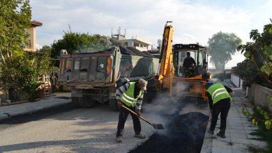 Photo of Değirmenlik Belediyesi sınırları içindeki köylerde yol tamiratı yapılıyor