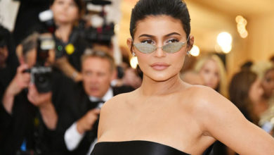 Photo of Kylie Jenner, Kylie Cosmetics'in %51'lik hissesini Coty'e sattı