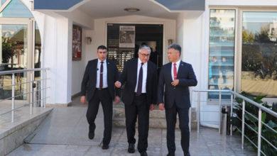 Photo of Cumhurbaşkanı Akıncı, şehit yakınları ile bir araya geldi