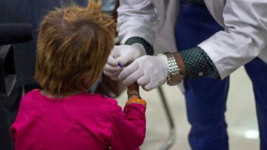 Photo of Dünya Aids günü: Pakistan'da HIV pozitif çocuklar arasında neden yayılıyor?
