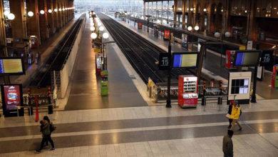 Photo of Fransa'da grevler hayatı durma noktasına getirdi