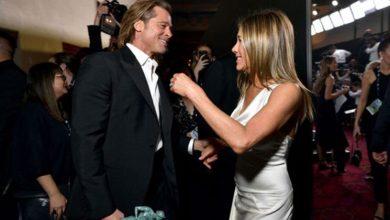 Photo of Jennifer Aniston ve eski eşi Brad Pitt sahne arkasında SAG ödüllerini kutladı