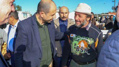 Photo of Özersay, Güzelyurt pazarında vatandaşlarla bir araya geldi